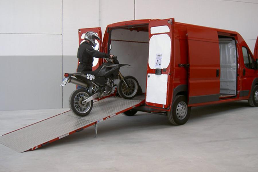 WM PC 1000kg/1500kg/1800kg Rampa de carga y descarga